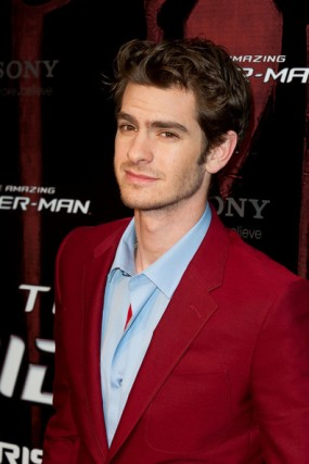 Andrew+Garfield+looks+red+hot+French+premiere+Q6Cv-aB6QM-l