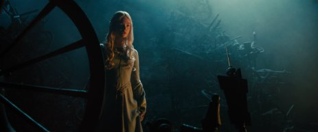 elle-fanning-malificent-4